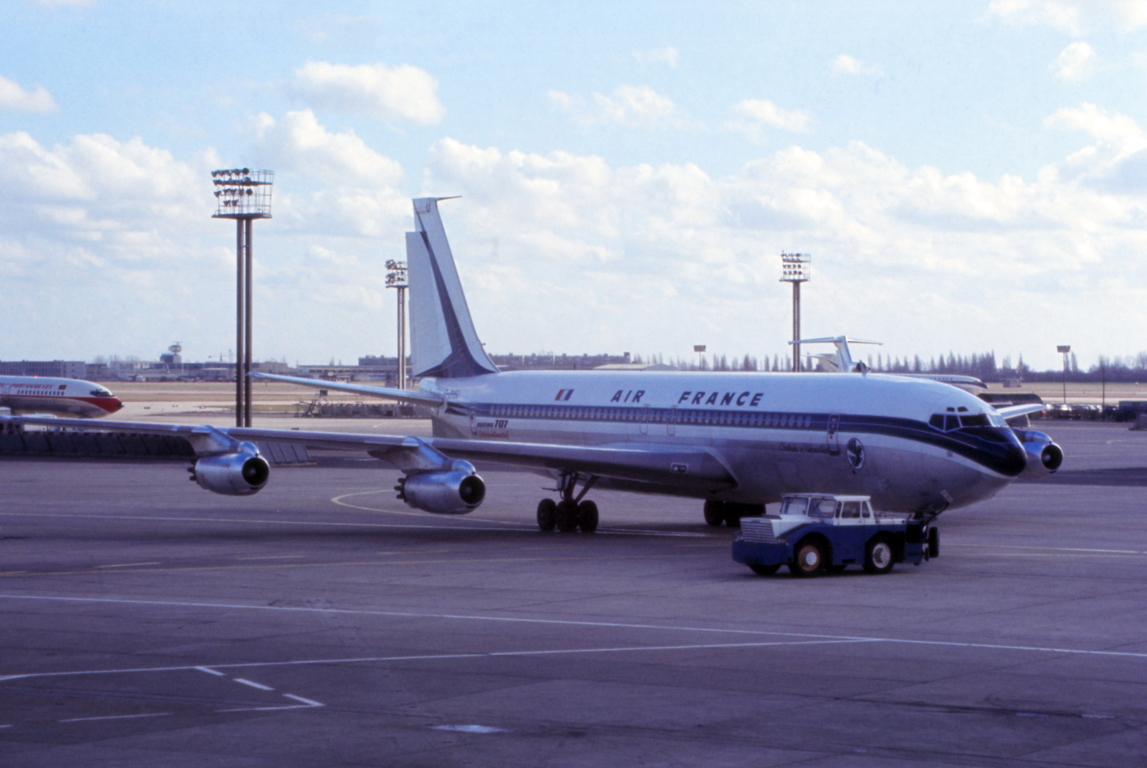 1956 air france ordered its first boeing